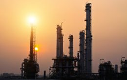oil-gas-sunset_shutterstock-purchased-533134117